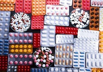 velké množství léků