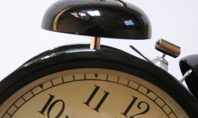 budík, hodiny, ciferník, ráno, probuzení