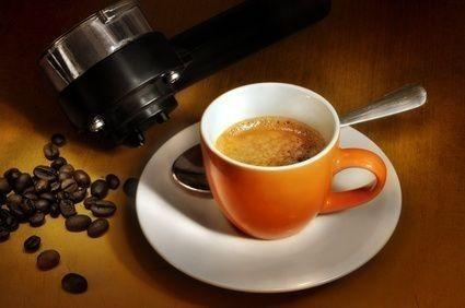 Káva v šálku