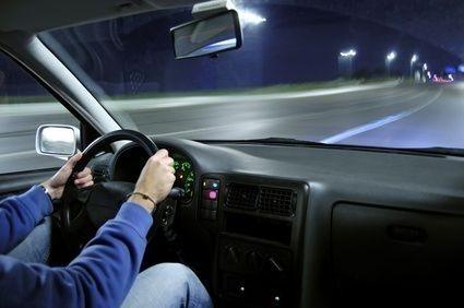 Řidič,noc,cesta, dovolená