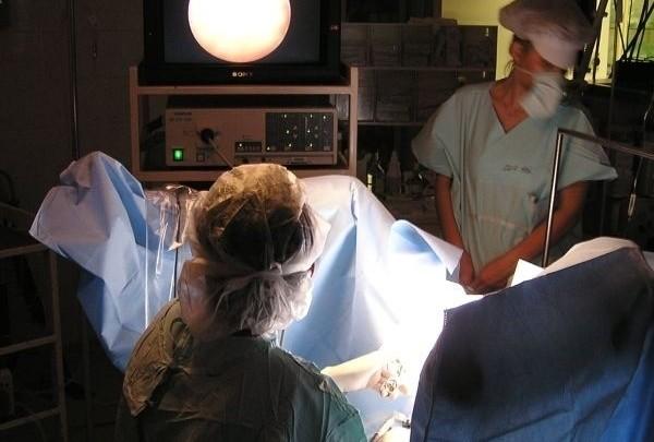 operace, operatér, sál, sterilita