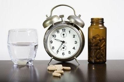 Léky a budík