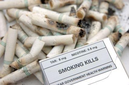 krabička, cigarety, nápis, kouření