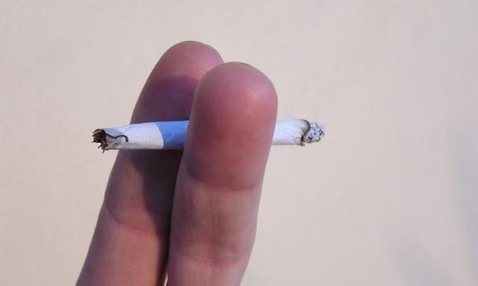 Sexy latina kouření fotky