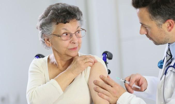 očkování babičky