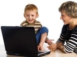 dítě, notebook, maminka