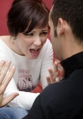 žárlivost, hádka, výčitky, nedůvěra, rozchod