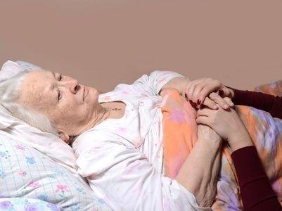 zena, pacient, poslet, leží