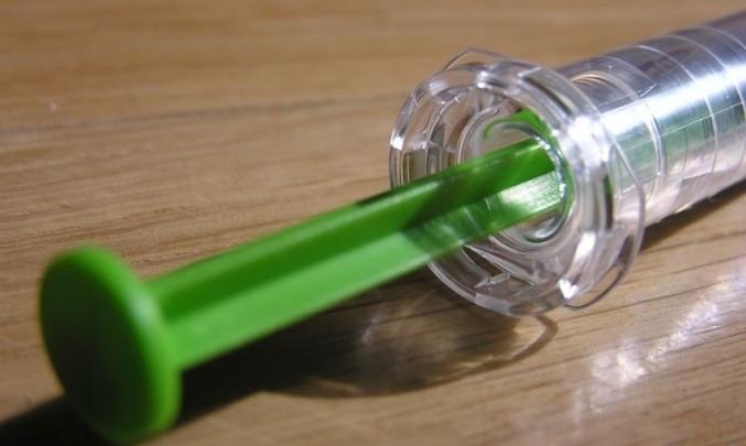 stříkačka, injekce, aplikace