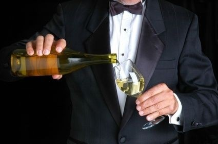 Alkohol,víno,číšník,noční směna
