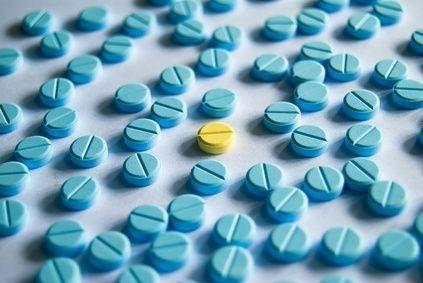 Léky,modré tablety