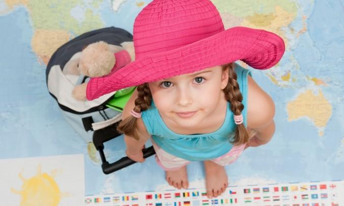 dítě na cestě kolem světa