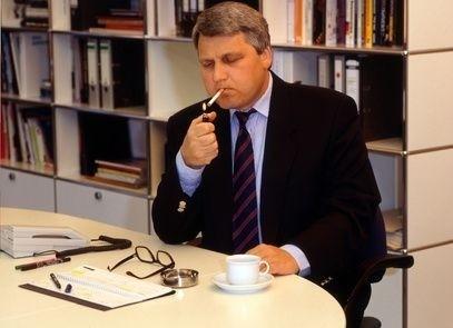 Kuřák v kanceláři