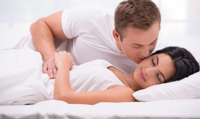 Asijské spící sex trubice