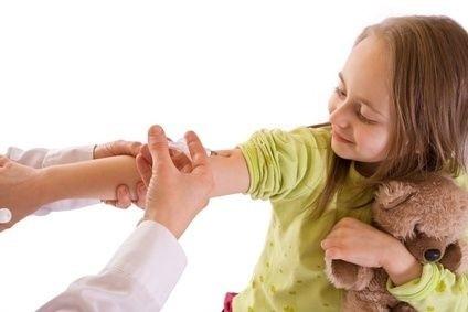 Očkování,dítě,injekce,lékař