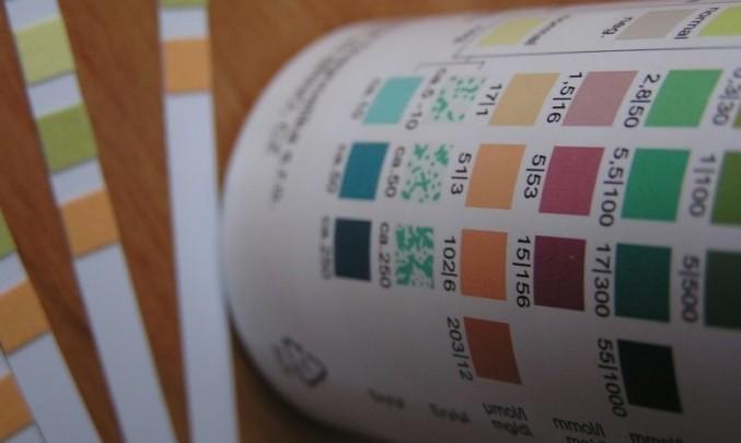 indikační papírky, moč,krev, detekce