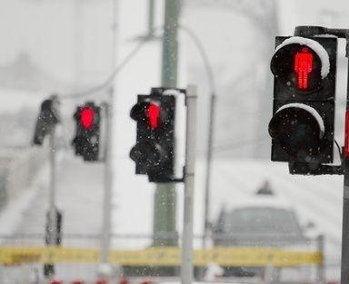 Červená na semaforu