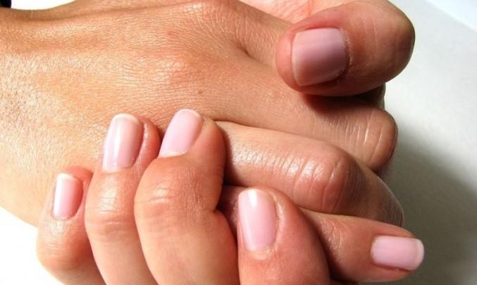 ruka,prsty,žena, nehty