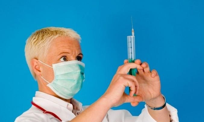 lékař, doktor, injekce, rouška