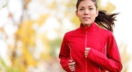 běžící dívka, žena