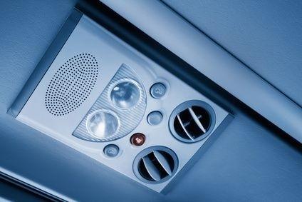 klimatizace v autobuse