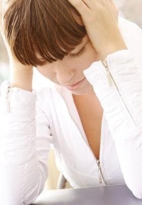 bolest hlavy, nevolnost