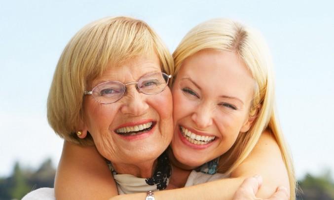 Žena,senior,důchodce,stáří,kamarádky - z HPV