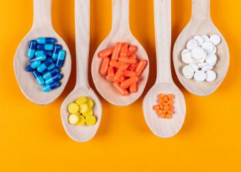 Vitaminy_barvy_pilulky