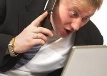 muž, počítač, mobil