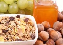 Med,ořechy,víno,vláknina- z HPV