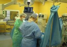 sál, operace, operatér, asistent, empír,ústenka,sestra