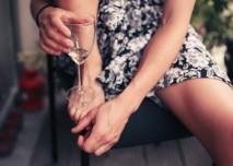alkohol_vino_zena