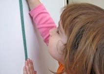 Měření výšky, metr, dítě, dívka