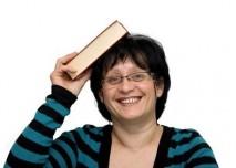 Žena,kniha,student,škola,senior,úsměv