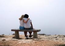 lavička, moře, léto, problémy, oppora, láska, střední věk, stáří