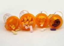 Léky, barevné tablety,tobolky,směs