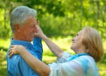 tančící starší pár