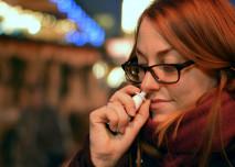 kouření obrázky hluboko v krku