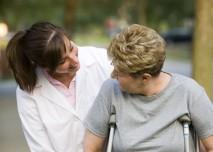 Žena,senior,důchodce,stáří,zlomenina- z HPV