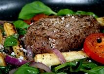 maso_jidlo_potraviny_bilkoviny