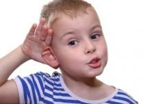 Dítě ucho
