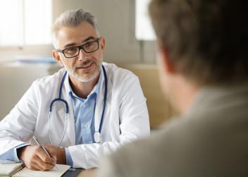 lekar_pacient_rozhovor_doktor_ordinace