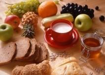 Mléko, snídaně, ovoce,pečivo,osteoporóza,fit