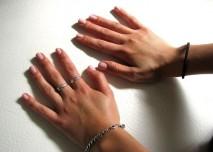 ruce, nehty, dotyk