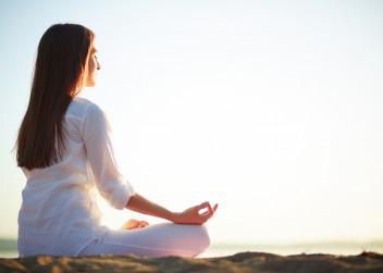 zena_meditace_joga