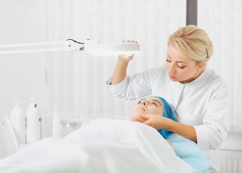 dermatolog_vysetreni_pece_o_plet