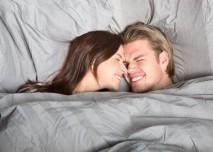 muz_a_zena_v_posteli
