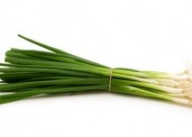 zelená cibule,zelenina