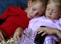 Dítě, spánek, televize,sourozenci