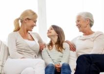 matka s dcerou a babička
